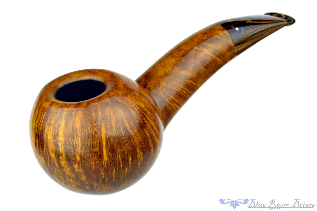 Blue Room Briars is Proud to Present This Dr. Bob Pipe Smooth Hawkbill