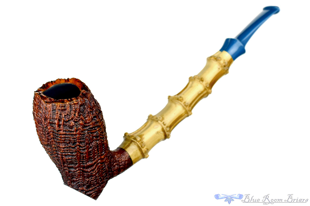 Blue Room Briars is proud to present this Nate King Pipe 374 Ring Blast Standing Shallot with Bamboo and Bakelite