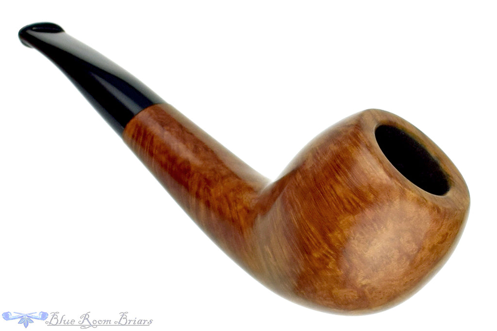 Blue Room Briars is proud to present this RC Sands Pipe Smooth Bent Apple