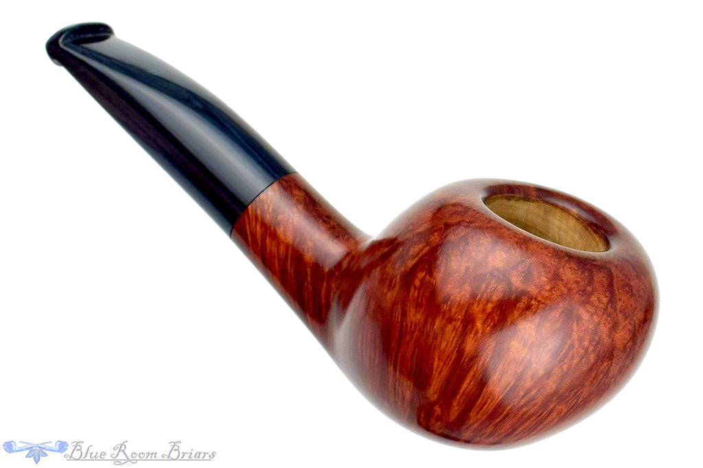 Blue Room Briars is proud to present this RC Sands Pipe 1/4 Bent Tomato with Blue Brindle