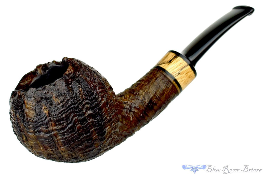 Blue Room Briars is proud to present this Jerry Crawford Pipe 1/4 Bent Ring Blast Egg with Spalted Maple Insert and Plateau