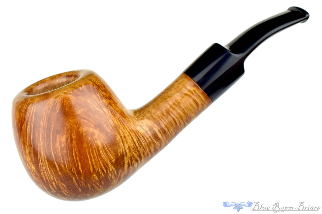 RC Sands Pipe 1/8 Bent Large Smooth Saddle Apple at Blue Room Briars