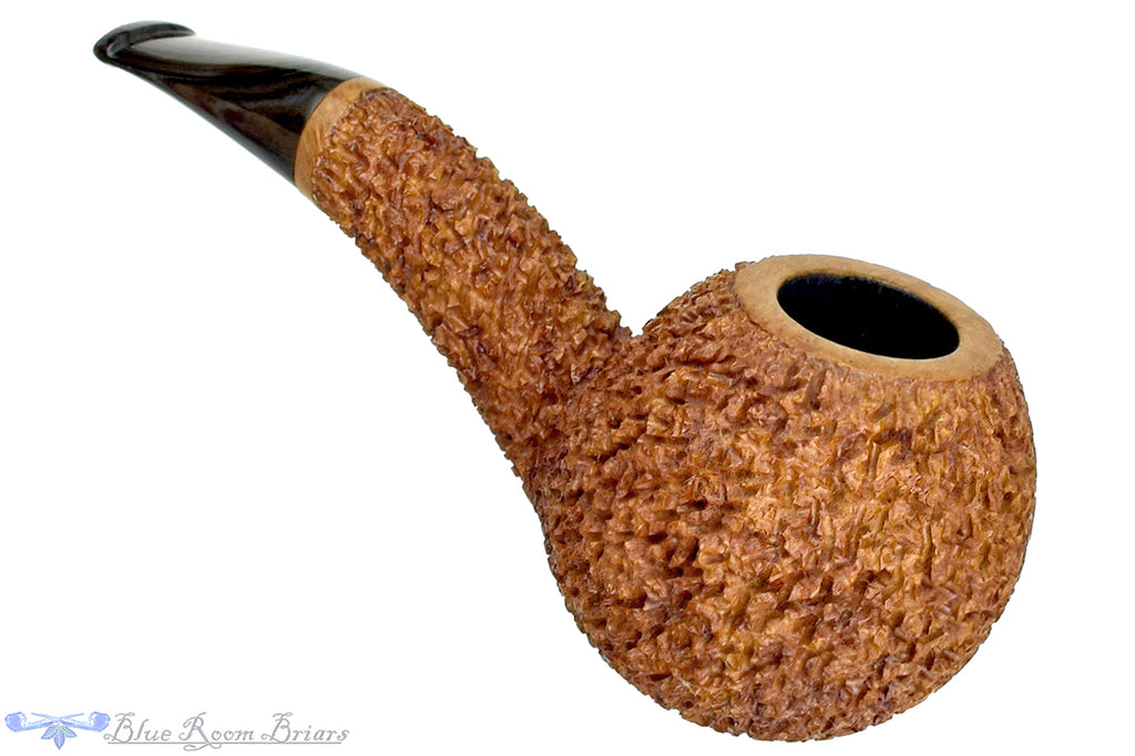 Blue Room Briars is proud to present this Dr. Bob Pipe Rusticated Hawkbill with Grey Brindle