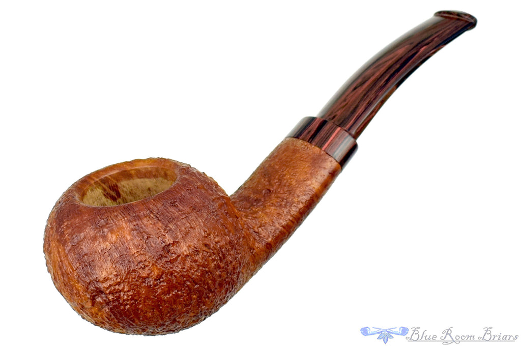 Blue Room Briars is proud to present this Bill Walther Pipe 1/4 Bent Sandblast Tomato Sitter