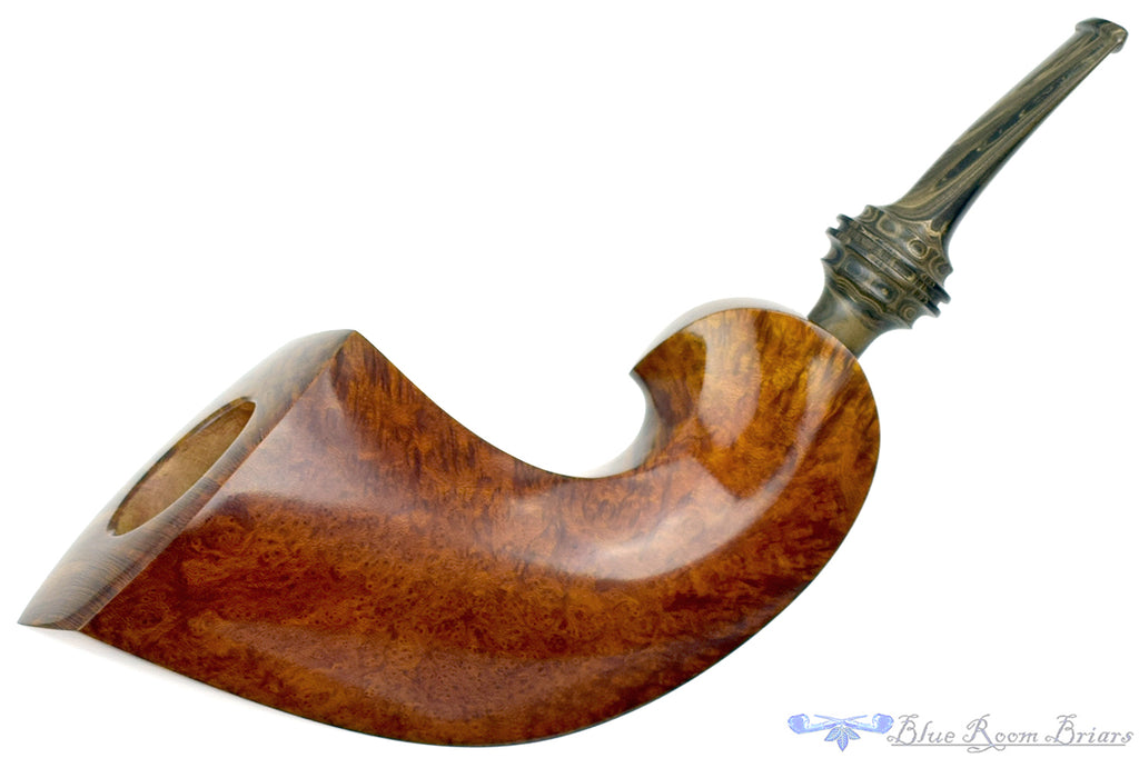 Blue Room Briars is proud to present this Bill Walther Pipe Mammoth Twisted Horn