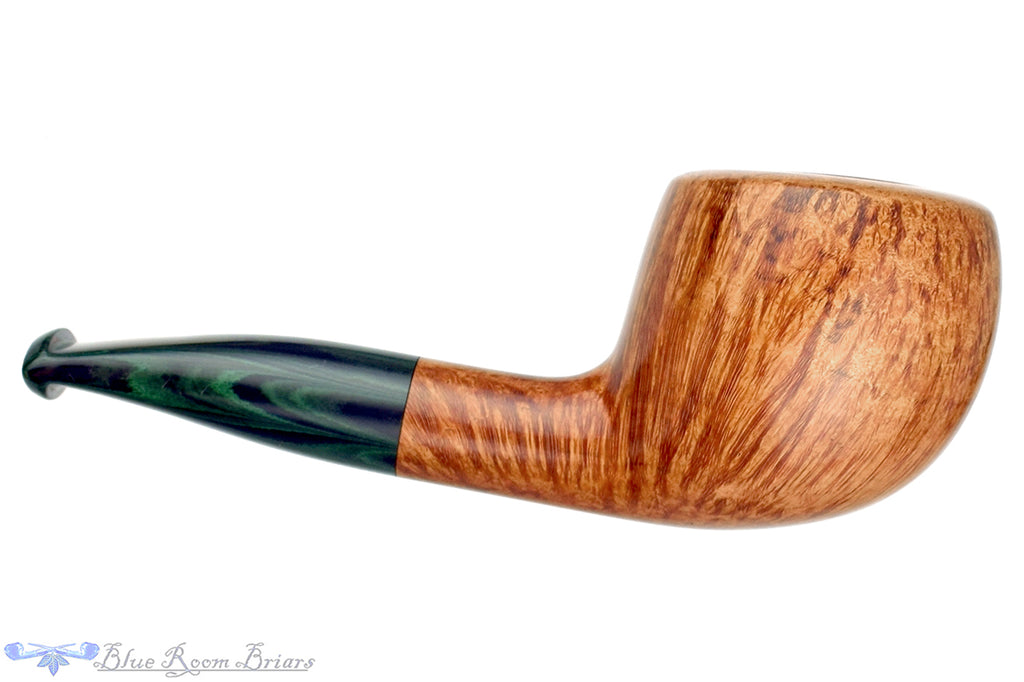 Blue Room Briars is proud to present this RC Sands Pipe Bent Pot with Brindle