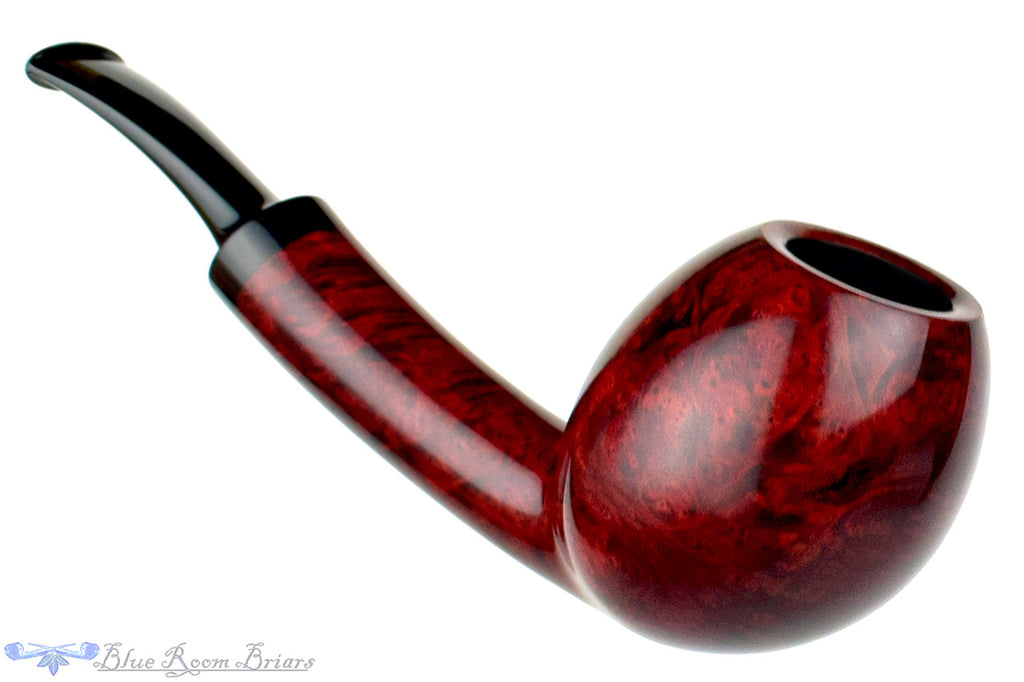 Blue Room Briars is proud to present this David S. Huber Pipe 1/8 Bent Egg