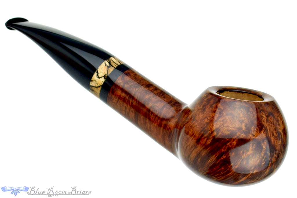 Blue Room Briars is proud to present this Todd Harris Pipe Large Stout Author with Spalted Tamarind