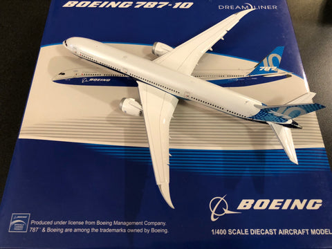 "JC Wings 1:400 Boeing 787-10 ""Boeing House Livery"" Flaps Down XX4112A"