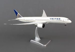 Hogan Wings United Airlines Boeing 787-9 w/Gear & Inflight Wings 1:200 HG0069G FREE S&H!