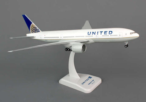 Hogan Wings United Airlines Boeing 777-200 1:200 w/Gear
