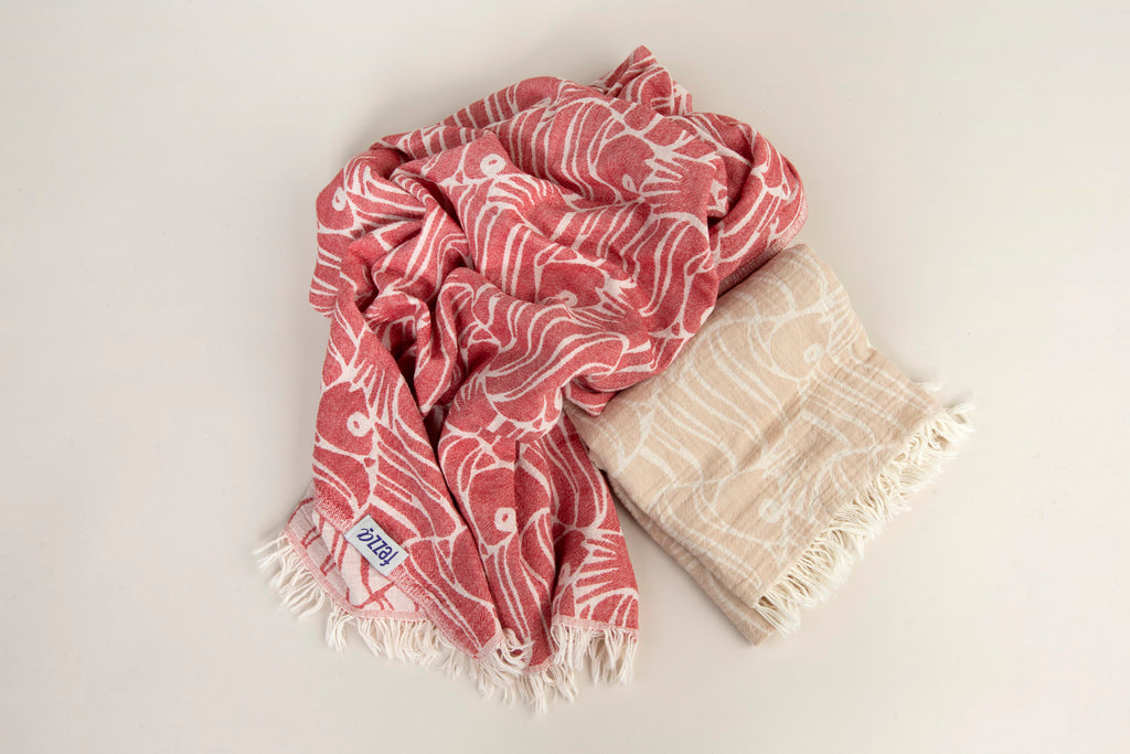 "PATTERNED Turkish Towel ""Peshtemal"" -Fish"