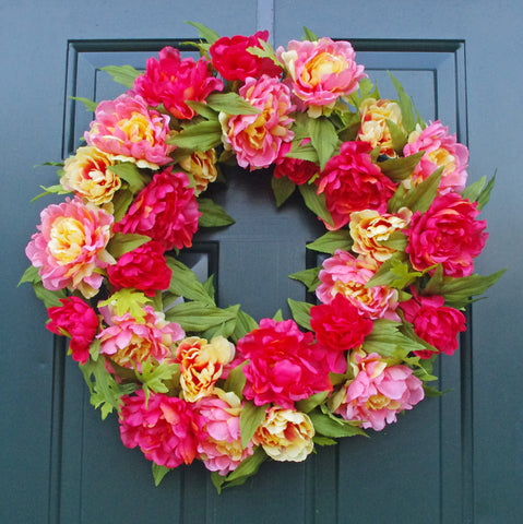 "PEONY DOOR HANGING WREATH, 24"" beauty peach"