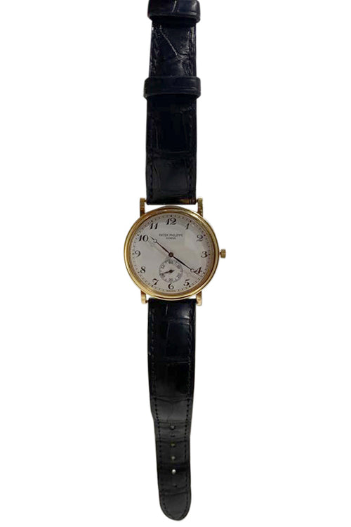 Patek Philippe Calatrava - aptiques by Authentic PreOwned