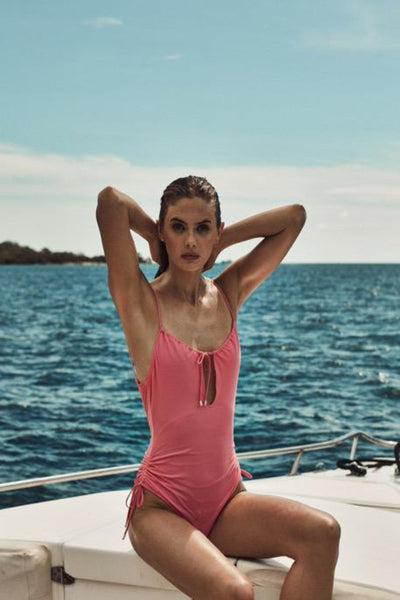 Uma One Piece in Pink