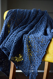 MYAK BABY YAK MEDIUM Danae Shawl by Zsuzsanna Orthodoxou
