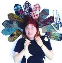 Load image into Gallery viewer, Aleks Byrd Color & Knit Mittens