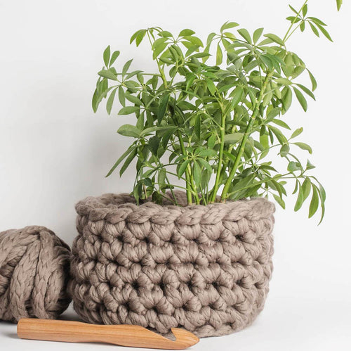 Blue Sky Fibers Rose Creek Basket (FREE) - WOOLS OF NATIONS