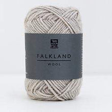 Load image into Gallery viewer, Daruma Falkland Wool