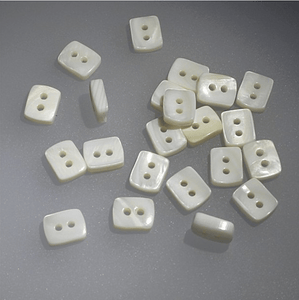 Mother Of Pearl Button Rectangular 10mm - WOOLS OF NATIONS