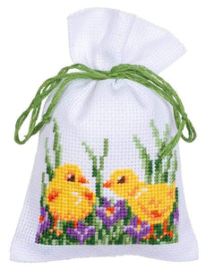 Vervaco - Rabbits With Chicks Herb Bags Cross Stitch Kit (Set of 3) - WOOLS OF NATIONS