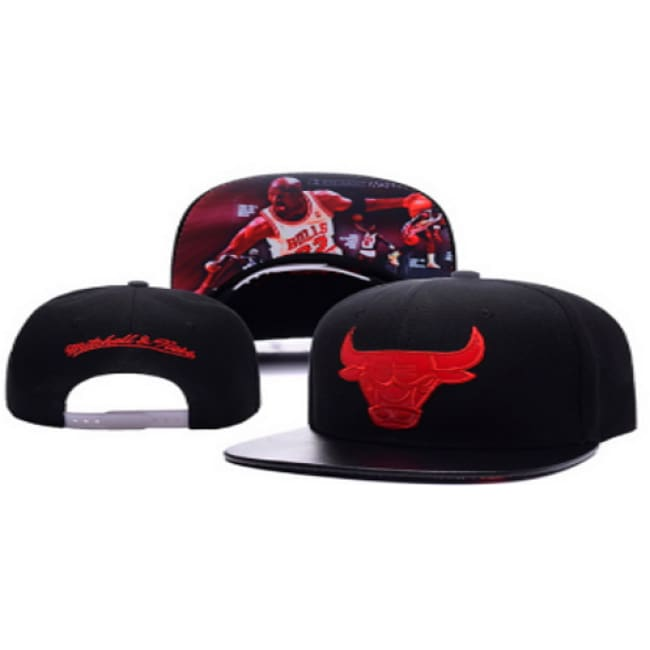 Michael Jordan Bulls Mitchell Adjustable Snap Back Hat Black