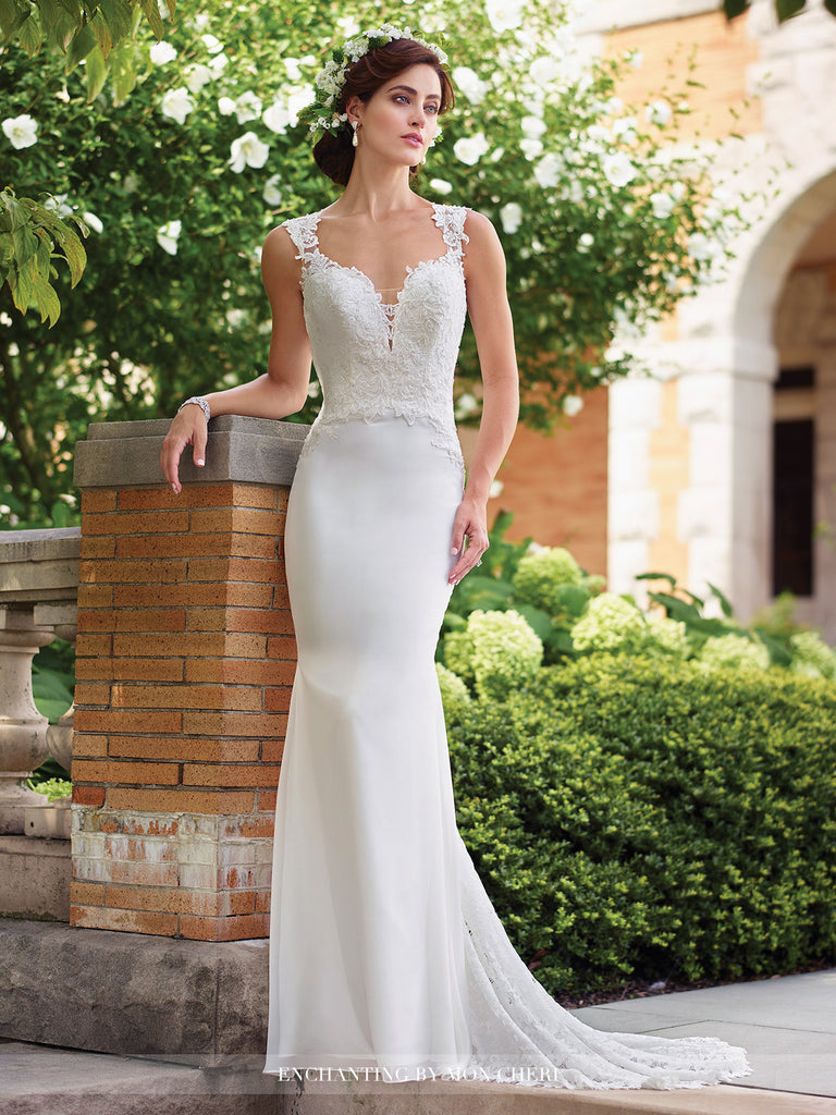 2017 Enchanting Trumpet Wedding gown Collection By Mon Cheri