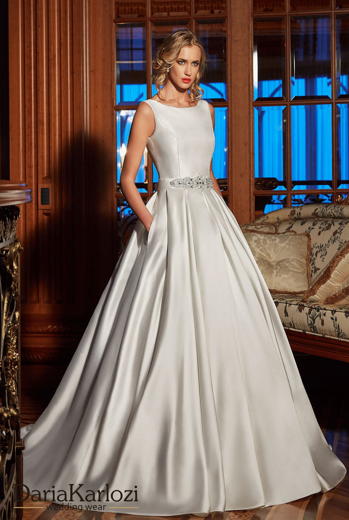 Ivory lace satin wedding dress ball gown A-Line – Bela Bridal
