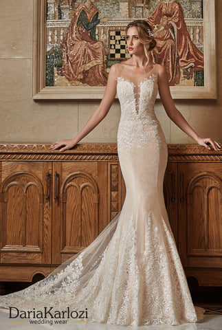 Ivory lace wedding dress trumpet mermaid
