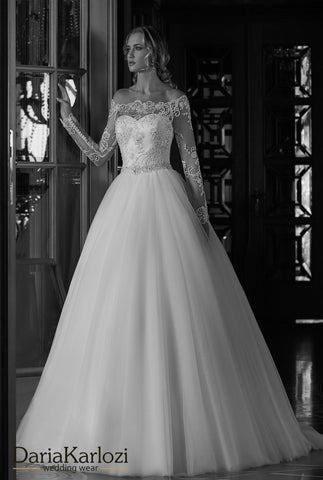 white Ivory lace wedding dress ball gown A-Line long sleeve