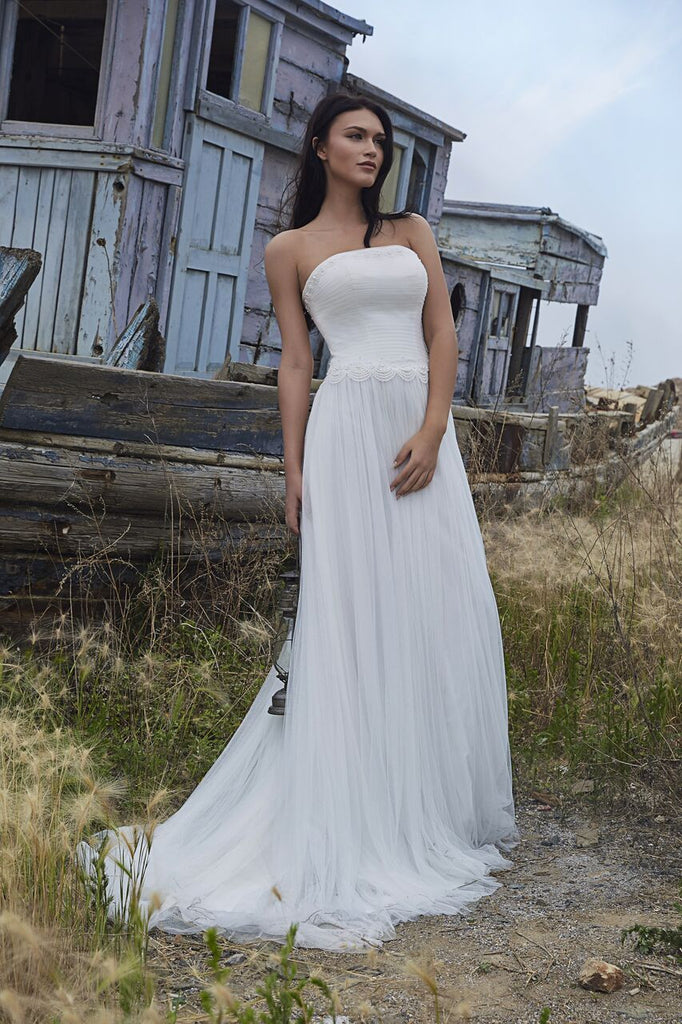 Chic Bohemian look beach lace chiffon satin A-line wedding dress