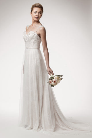 Wedding dress lace A-line ball gown SWEETHEART, SLEEVELESS, EMPIRE WAIST