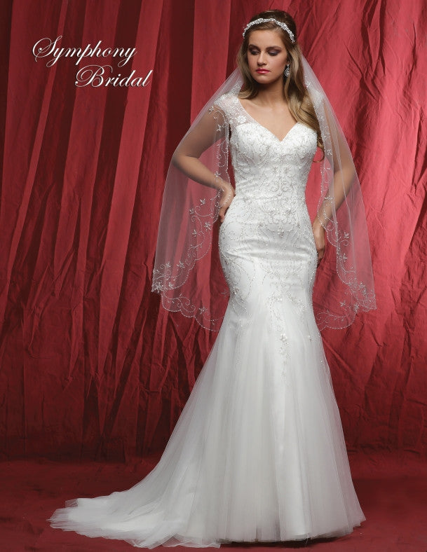 Lace beaded mermaid gown wedding dress