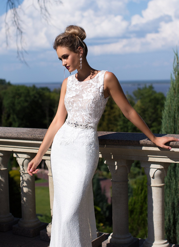 Wedding Gown designer Ida Torez ball gown a-line