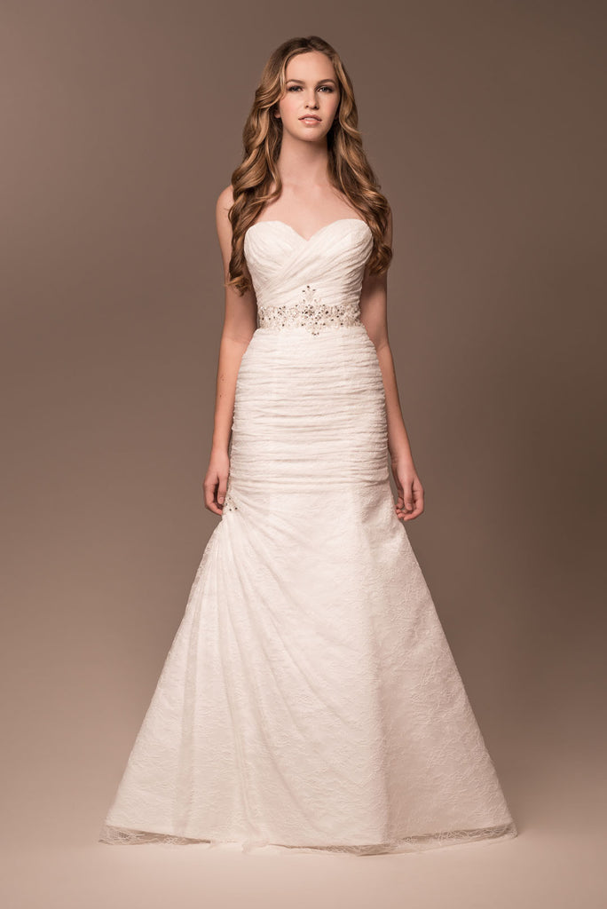 Wedding dress lace STRAPLESS, SWEETHEART, MERMAID