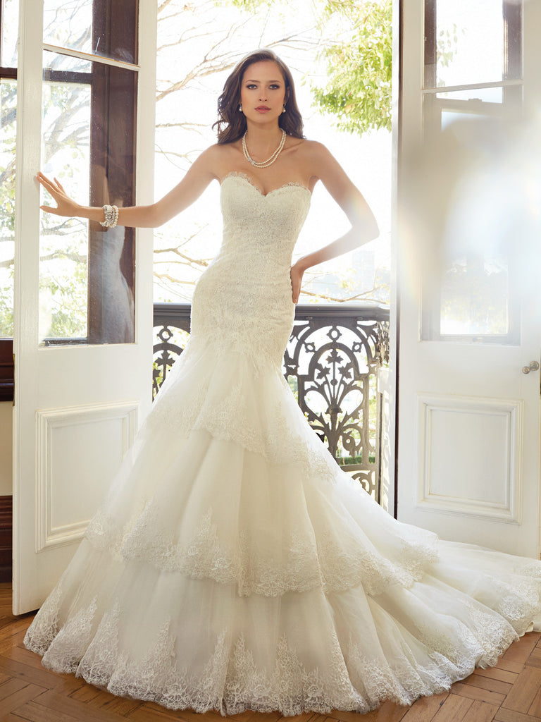 Sophia Tolli strapless scalloped sweetheart neckline Wedding Dress tulle, lace mermaid trumpet gown