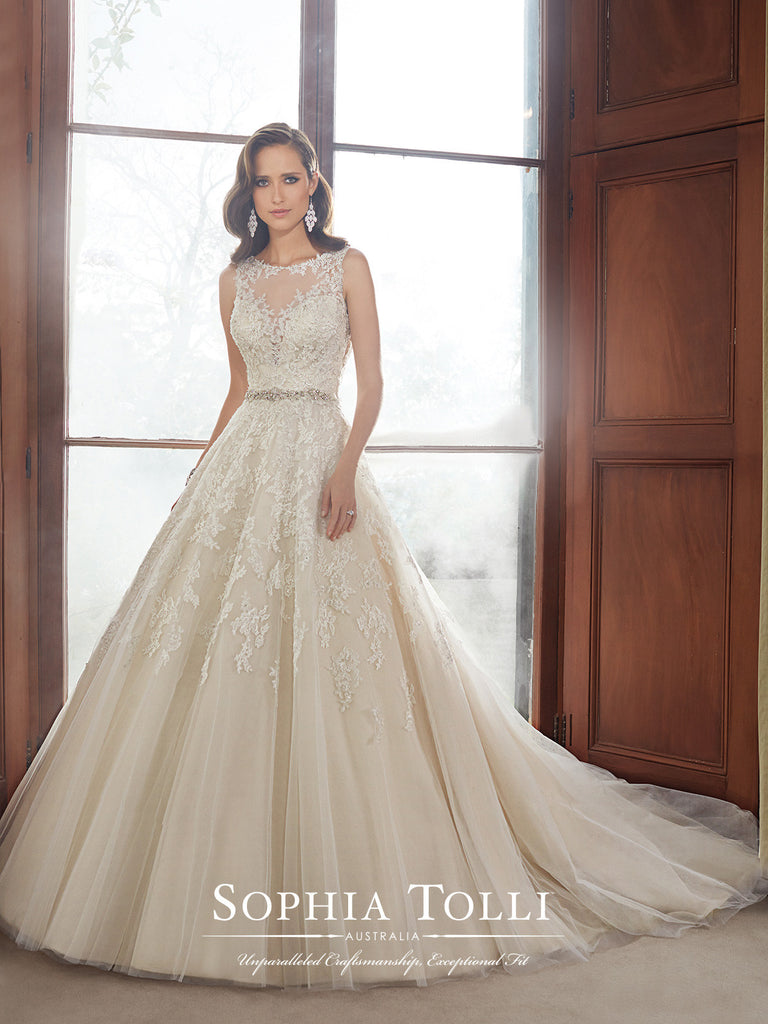 Sophia Tolli Wedding Dress tulle lace ball gown