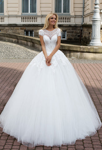 Lace tulle short sleeve rhinestone princess ball gown lace A-Line wedding dress..