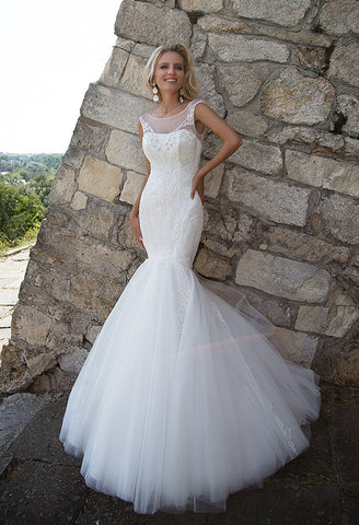 Lace tulle mermaid wedding dress..
