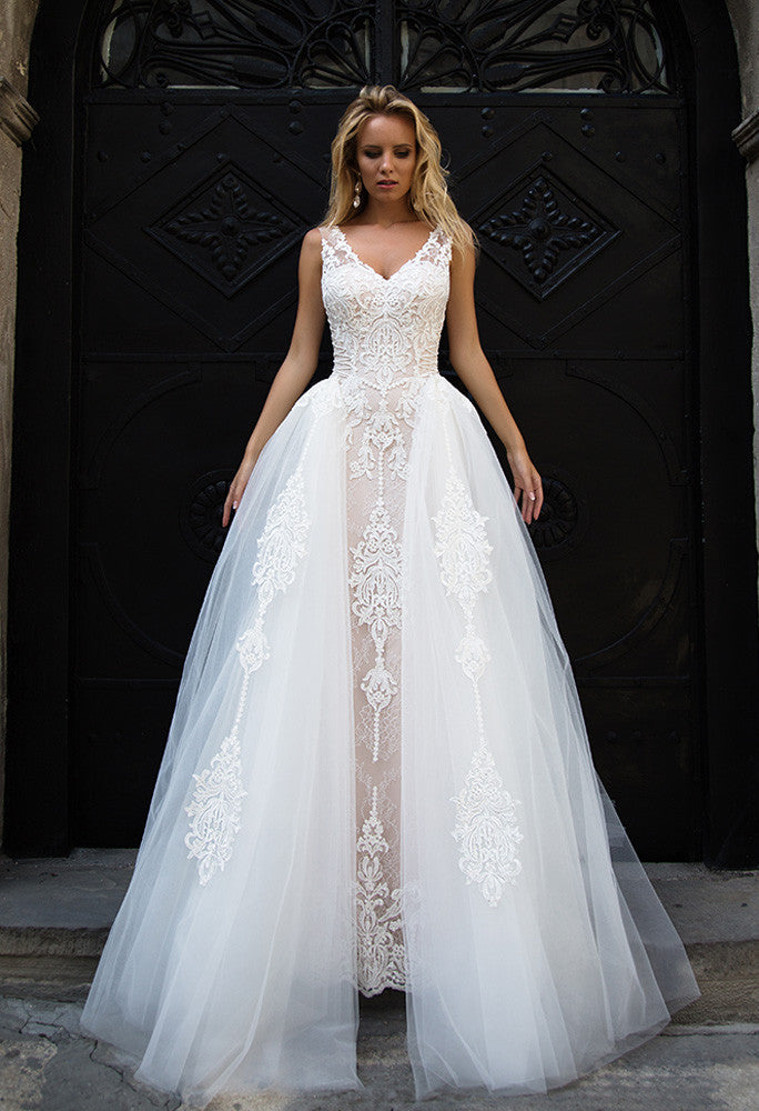 Lace tulle ball gown lace A-Line wedding dress..