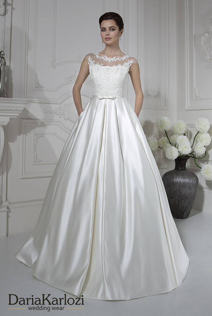 Ivory lace satin rhinestones wedding dress ball A-line