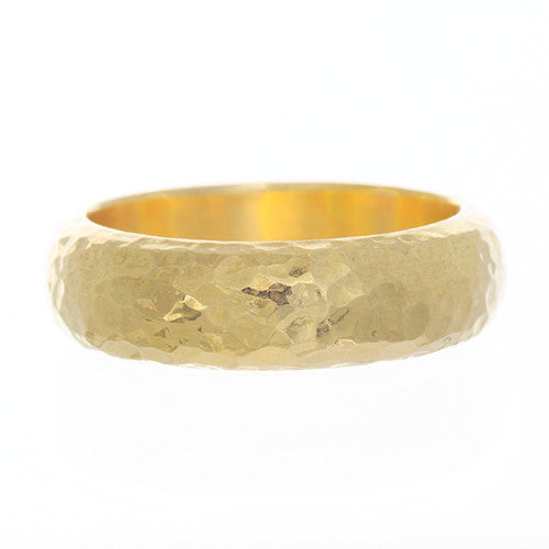 18 Karat Yellow Gold Hammered Band 6mm