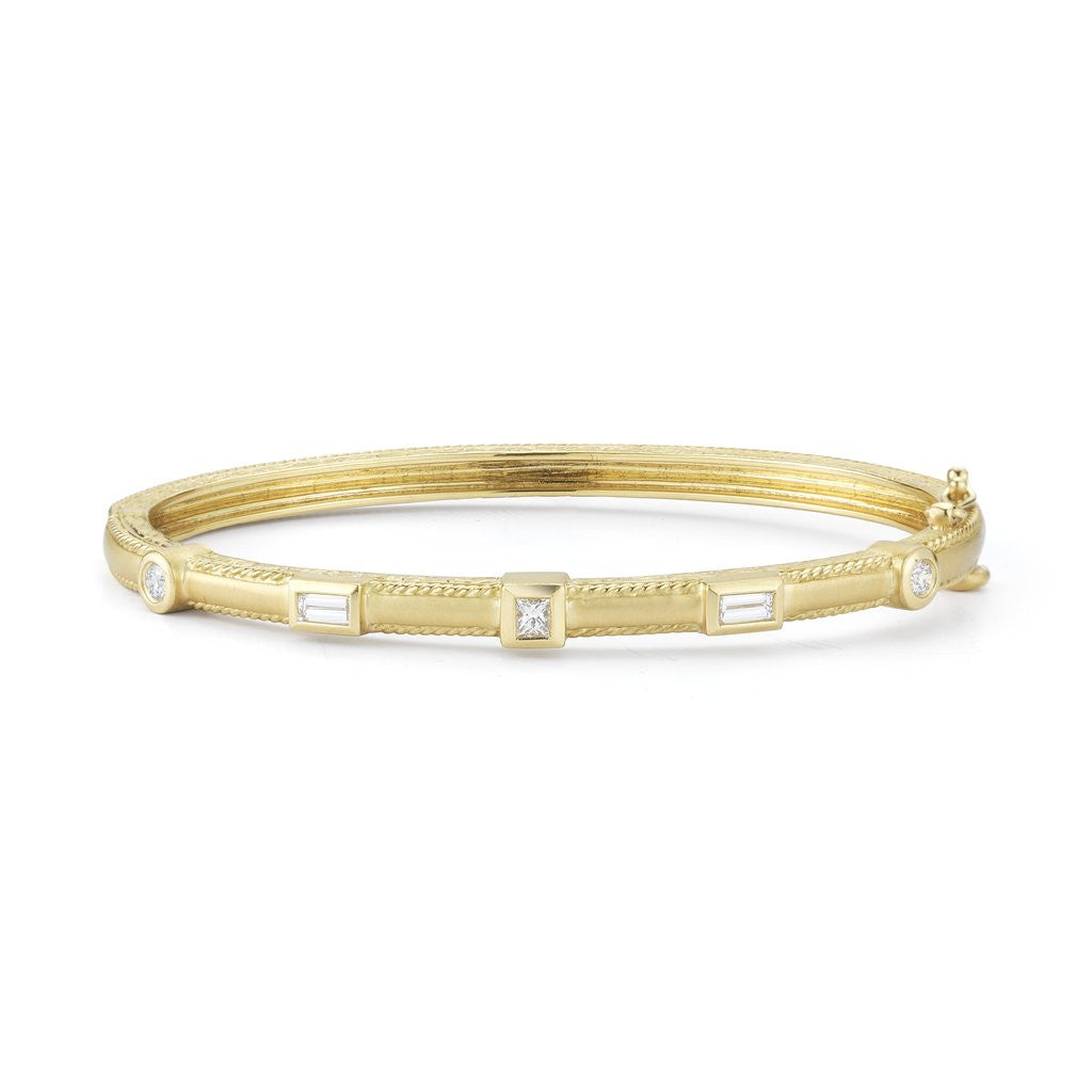 Penny Preville 18kt Yellow Gold Amulet Bangle Bracelet