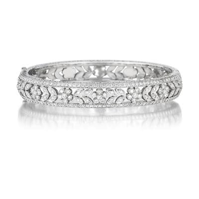 Penny Preville 18kt White Gold Flower Hinged Bangle with Diamonds