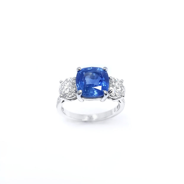 Platinum Cushion Cut Sapphire and with Diamonds