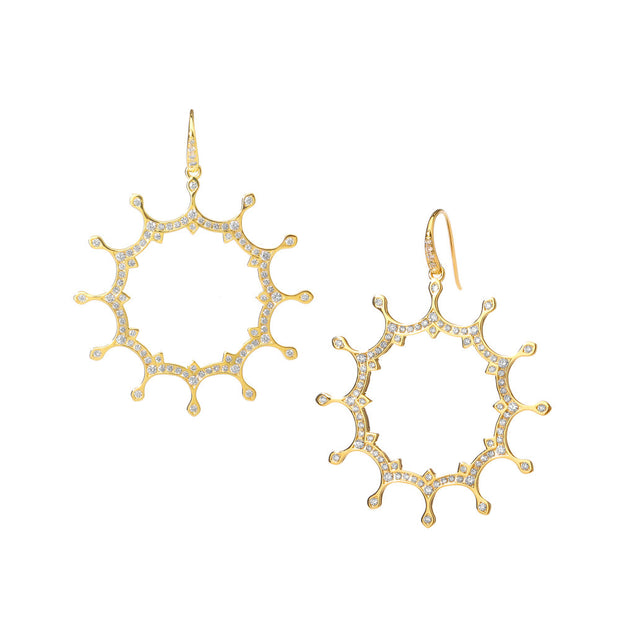 Syna 18 karat Yellow Gold Starburst Earrings with Diamonds
