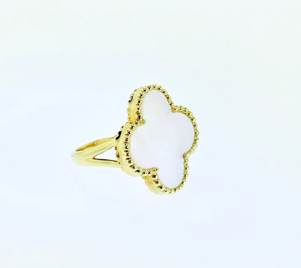 14kt Yellow Gold Mother of Pearl Ring