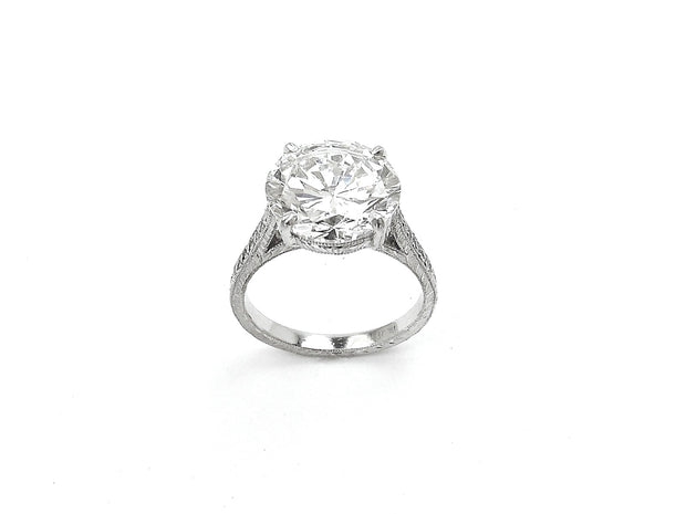 Round Brilliant Platinum Diamond Ring