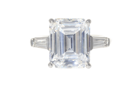 Platinum Emerald Cut Diamond with Tapered Diamond Baguettes