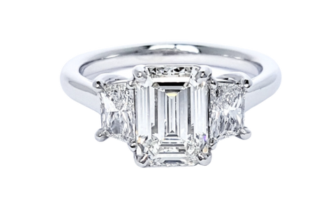 Platinum Emerald Cut Diamond with Trapezoid Side Stones